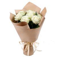 9 white roses