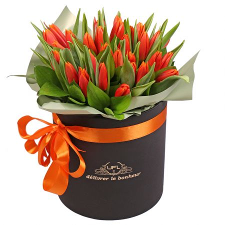 Bouquet Box with tulips