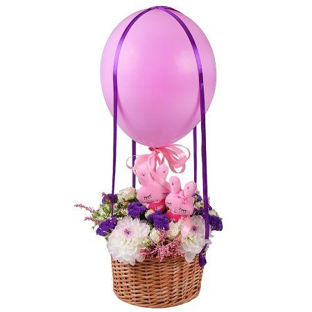 Bouquet Bunnies on air balloon