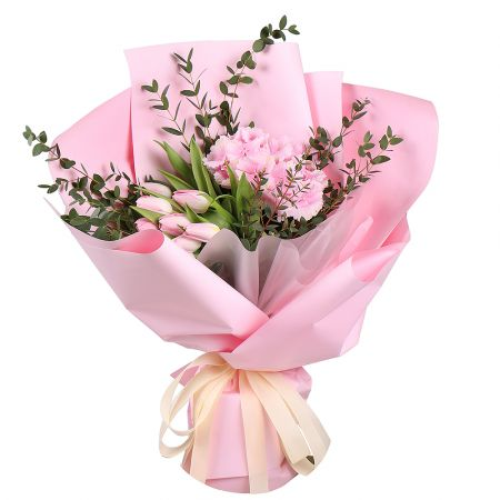 Bouquet Pink hydrangea with tulips