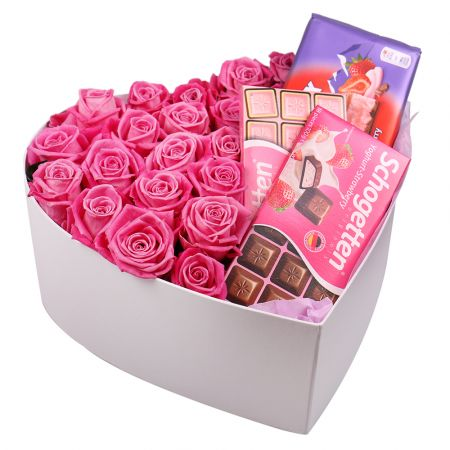 Bouquet Roses and chocolate